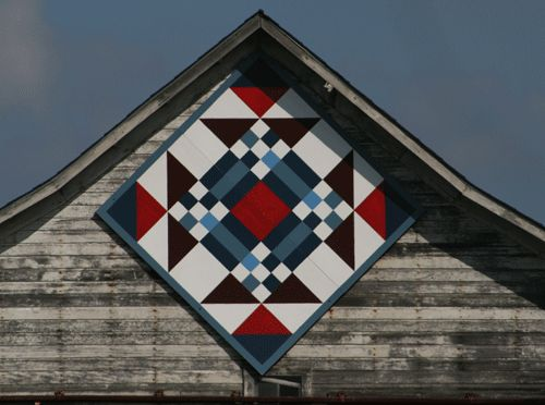 Kerber Farm Barn Quilt, Victoria, Minnesota I am going to have to go on a road trip to see this.  I want to do this to our barn.