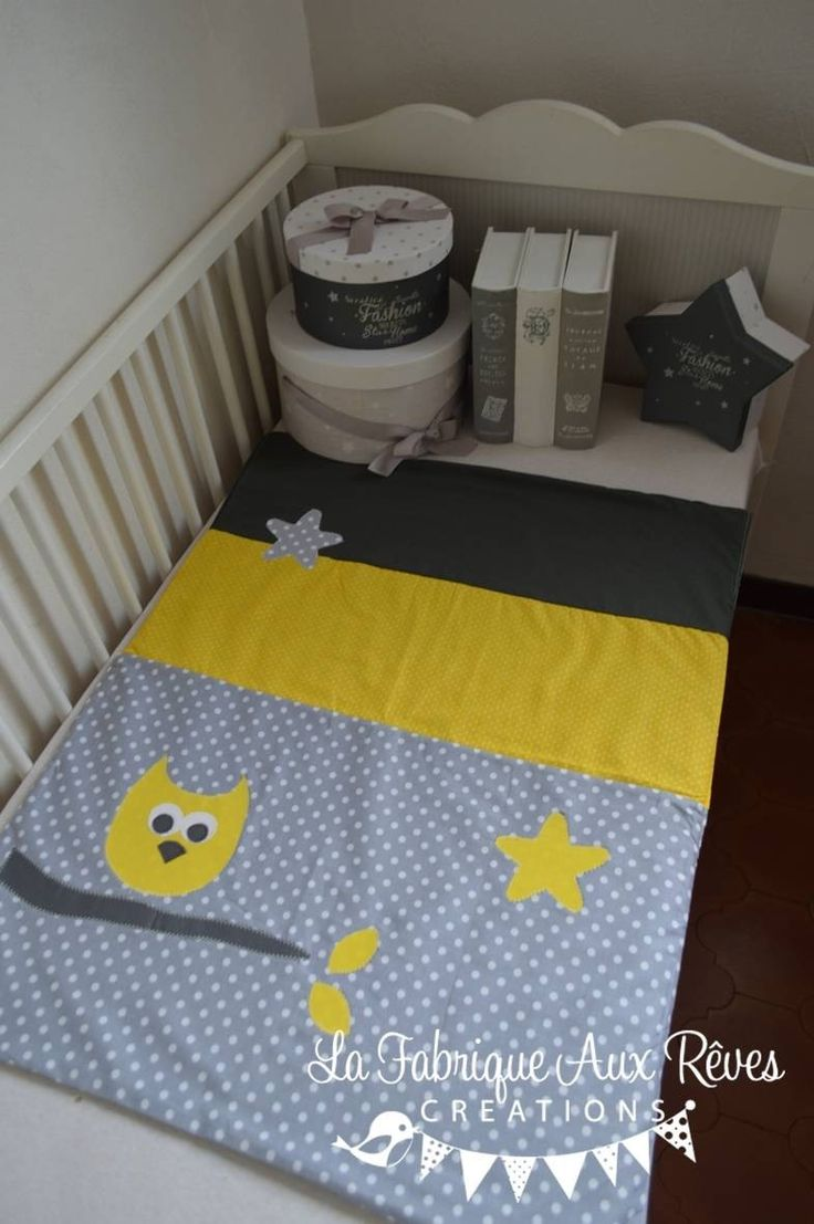 Dispo - Couverture polaire bébé naissance mixte hibou étoiles jaune gris foncé gris clair : Linge de lit enfants par la-fabrique-a-reves