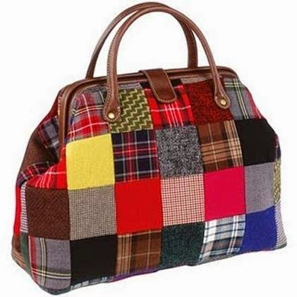 Modelos de bolsas em patchwork. I'm assuming BR is Brazil, it's fun seeing what's been done with Denise Schmidt's fabric!