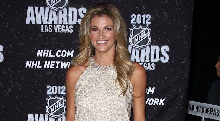 ErinAndrews has a well-maintained body and glowing look even in her late thirties. #ecelebrityfacts