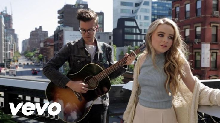 Sabrina Carpenter - Right Now (NYC Acoustic)