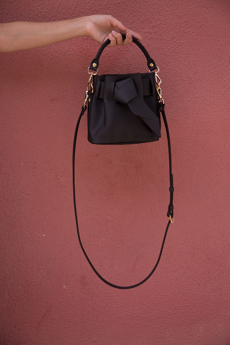 """This is the small, sweet Sophie bag. You will love to meet her. #josefinasportugals"