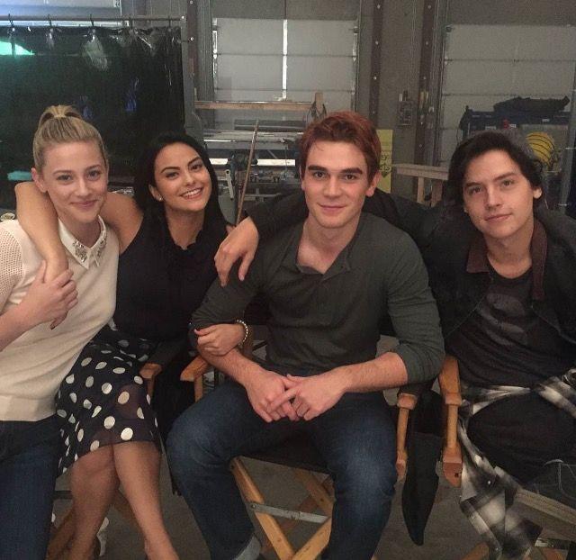 Riverdale: Lili Reinhart, Camila Mendes, Kj Apa, and Cole Sprouse (photo via Riverdale's Twitter)