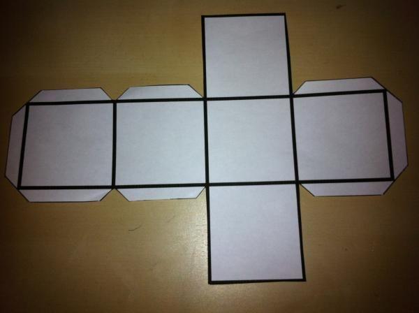 Cómo Hacer Un Cubo De Cartulina 8 Pasos Con Imágenes Como Hacer Un Cubo Hacer Cajitas De Carton Cómo Hacer Una Caja