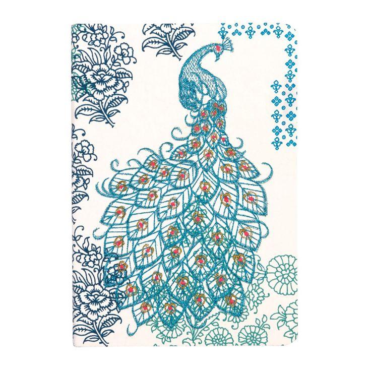Notitieboek pauw. Bijzonder en handgemaakt notitieboek. Het papier is gemaakt van recycled katoenpapier en de pauw is er op geborduurd met blauw metallic garen. Notebook, journal, schrift. blue, blauw