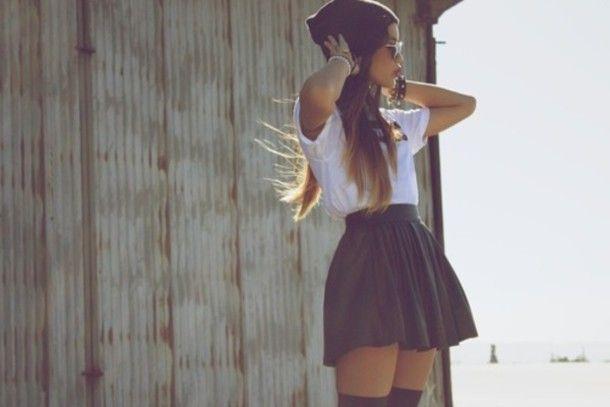 Black skater skirt outfit