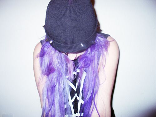 nikkilipstick:    hullo me: Beasties Hair, Purple Hair, Dyed Hair, Hair Colors, Hair Envy, Violets Hair, Makeuphairbeauti Mess, Mlp Outfits, Scene Girls
