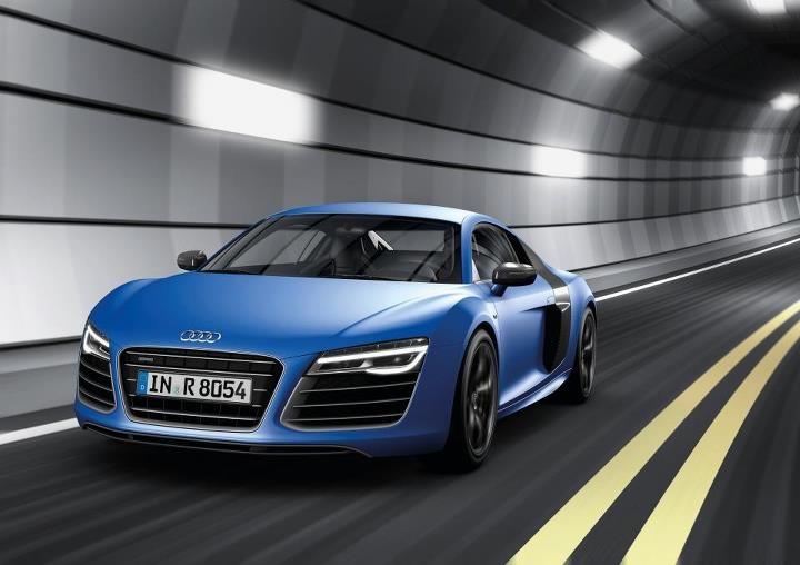 Blue Audi R8. Perfection incarnate.
