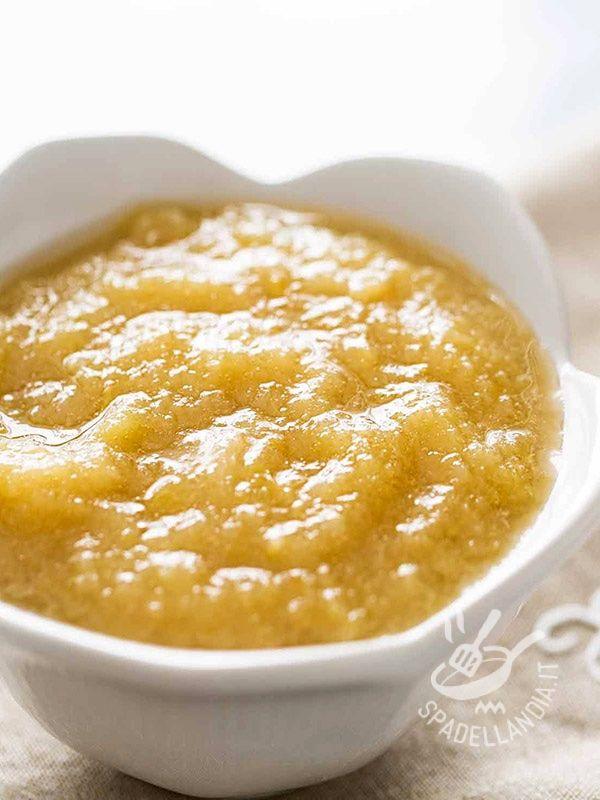 La Salsa alle mele è perfetta per le carni di maiale, cucinate con metodi di cottura diversi, o con le carni grasse di oca e anatra.