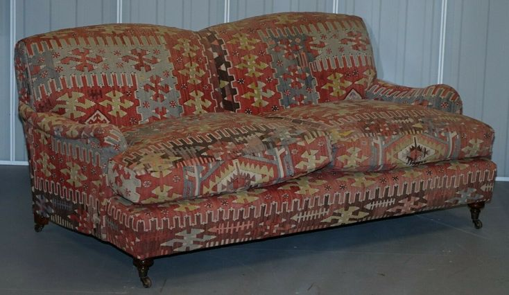 Stunning Vintage George Smith Kilim Signature Howard Sofa Feather Cushions In 2020 Howard Sofa Printed Sofa Cushions
