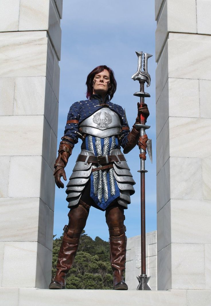 Dragon Age 2 Grey Warden mage - front view by tatjna on DeviantArt