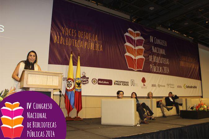 Carola Diez estuvo presente en el Panel de Espacios para la lectura: encuentros y relaciones, con la conferencia Leer en el Hogar.