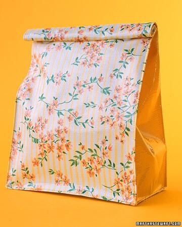 Oilcloth Lunch Bags but is make with a hole hand and some Velcro!