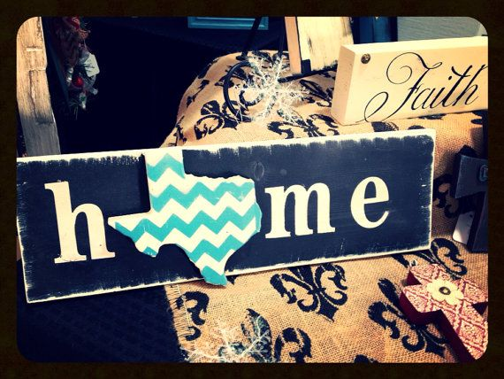 Chevron home sign. cute idea