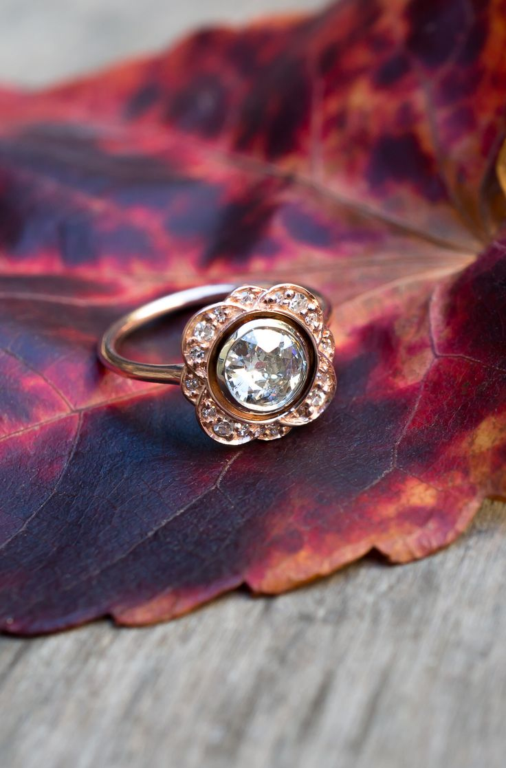 A Flower inspired vintage Diamond ring by S. Kind & Co.