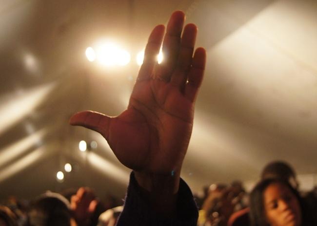 SASOLBURG - Reaching out to Jesus.