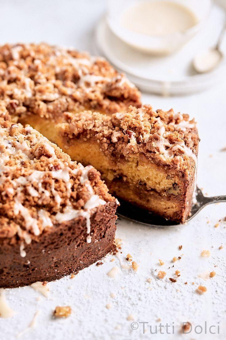 Classic Sour Cream Coffee Cake In 2020 Sour Cream Coffee Cake Coffee Cake Coffee Cake Recipes