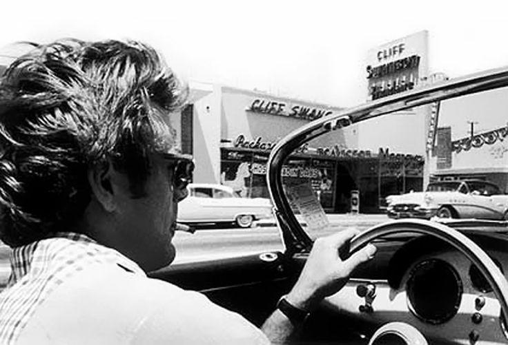 James Dean Driving His 365 Porsche Speedster James Dean Pinterest James Dean And Dean