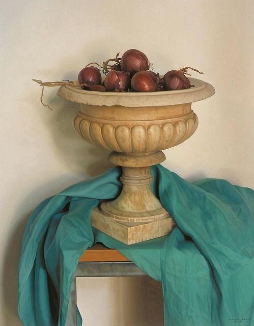 Cebollas / Onions [2002] Óleo sobre tela / Oil on canvas 97,2 × 129,5 cm. / 38 1/4 × 51 in.  ClaudioBravo.com #ClaudioBravoCamus #ClaudioBravo