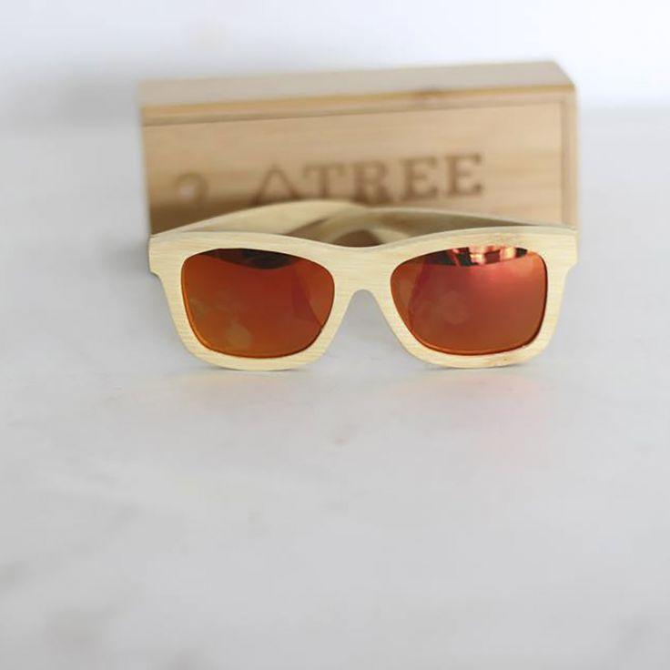 """Tree es un proyecto que crea productos de madera """"Lentes, Reloj & más""""."""