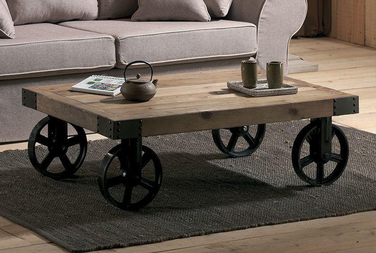 Table basse CRAWFORD Orme recyclé - Fer vieilli Avec roulettes en fer. / de chez Cocktail Scandinave