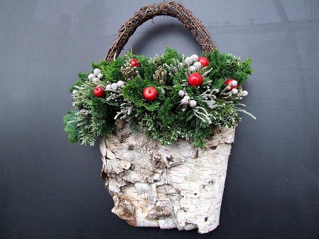 mooi om aan deur te hangen met kerst met kerstballen