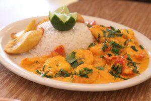 RECETA: Encocado de camarón al estilo ecuatoriano
