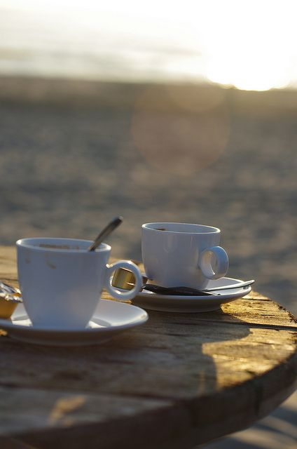 caffeinegalore:  Uit de Kunst - Bergen by Rozema Photos on Flickr.