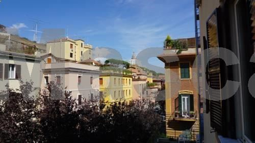 Rome Dome Home Roma Rome Dome Home offers accommodation in Rome, 700 metres from St. Peters Basilica. The air-conditioned unit is 800 metres from The Vatican. Free WiFi is available throughout the property. An oven, a microwave and a fridge can be found in the...