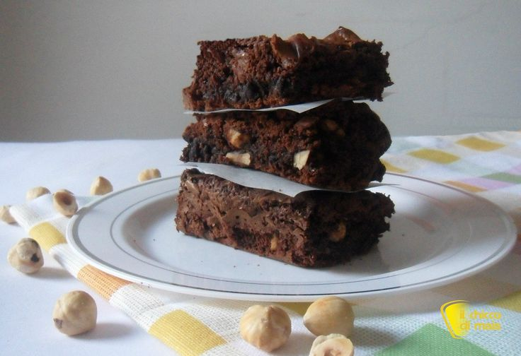 #Brownies al #cioccolato #ricetta americana il #chiccodimais #senzaglutine #chocolate and #wellnuts #glutenfree brownies http://blog.giallozafferano.it/ilchiccodimais/brownies-al-cioccolato-ricetta-americana/