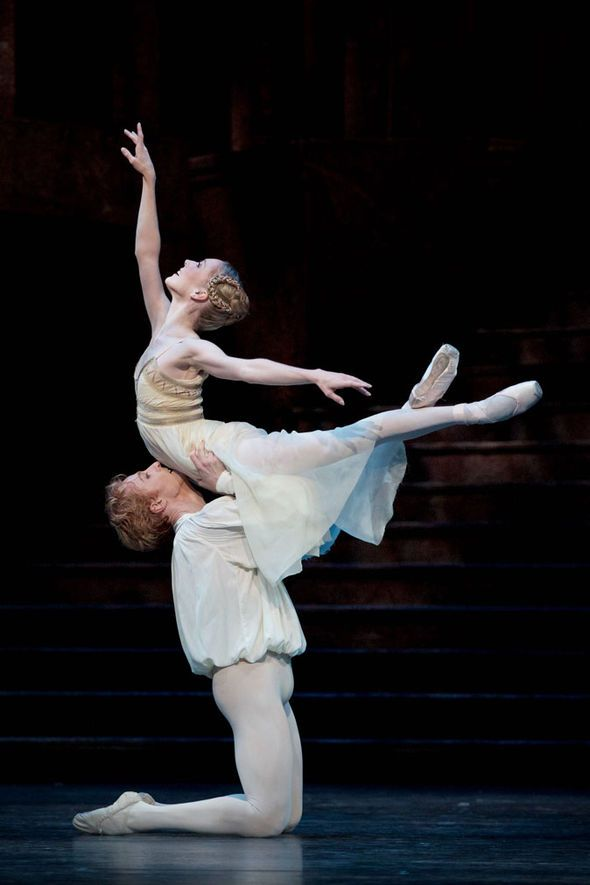 Stephen McRae and Sarah Lamb in MacMillan's Romeo and Juliet (Royal Ballet)