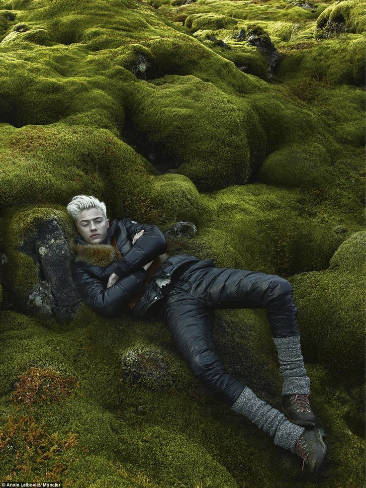 Once Upon A Blog...: Annie Leibovitz Inspired by Nordic Sagas, Slavic Folklore & The Snow Queen for Fashion Shoot