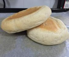 Recipe Flat Hamburger Rolls (lightweight & fluffy) by AmyBryceMakeupFX - Recipe of category Breads & rolls