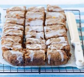 Low-sugar baking, desserts and treats | Healthy Food Guide