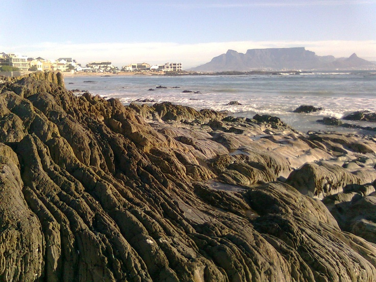 Blouberg Beach, and in the background, Table Mountain (8th wonder of the world)    Cape Town, South Africa