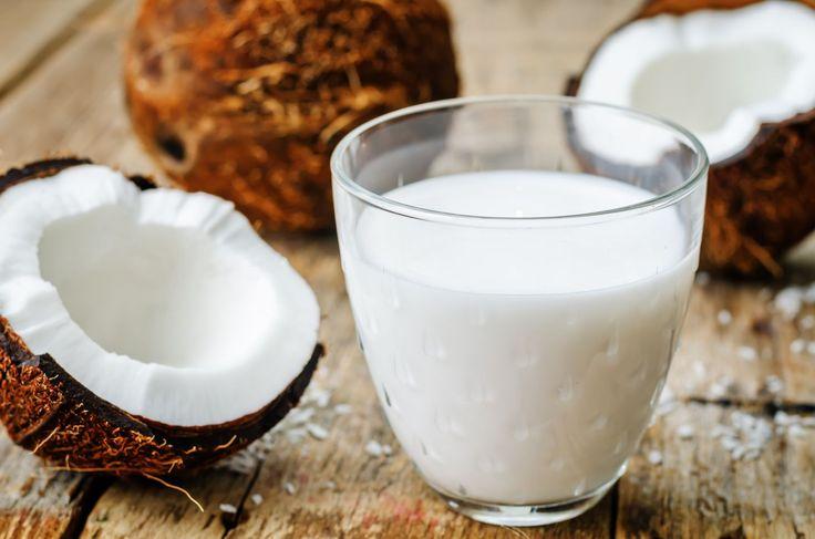 Mleczko kokosowe nie tylko nadaje oryginalnego smaku daniom, ale także wzbogaca je o liczne, cenne składniki odżywcze. Ponadto może być świetnym zamiennikiem mleka krowiego dla osób z nietolerancją…