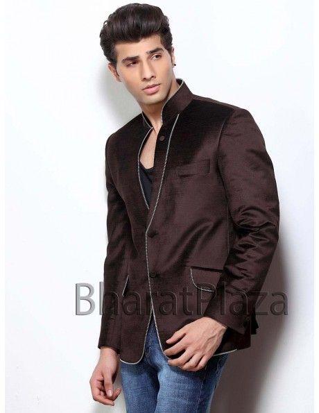 Innovative Designer Blazer Item code : TSBL1128  http://www.bharatplaza.com/mens-wear/mens-designer-suits/mens-blazer/innovative-designer-blazer-tsbl1128.html