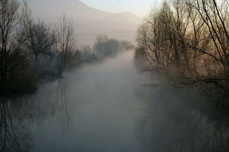 Fiume Sarno con nebbia