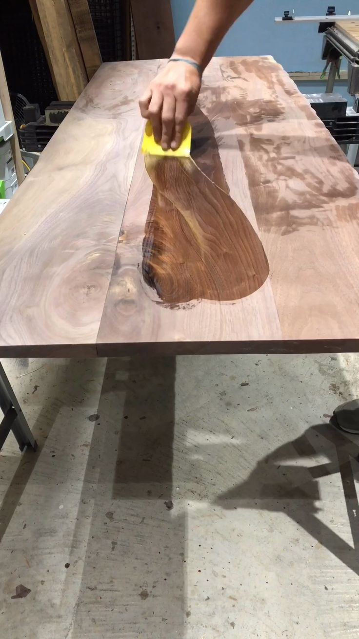 Best Finishes For Epoxy River Tables In 2020 Walnut Table Wood Table Diy Diy Furniture Videos