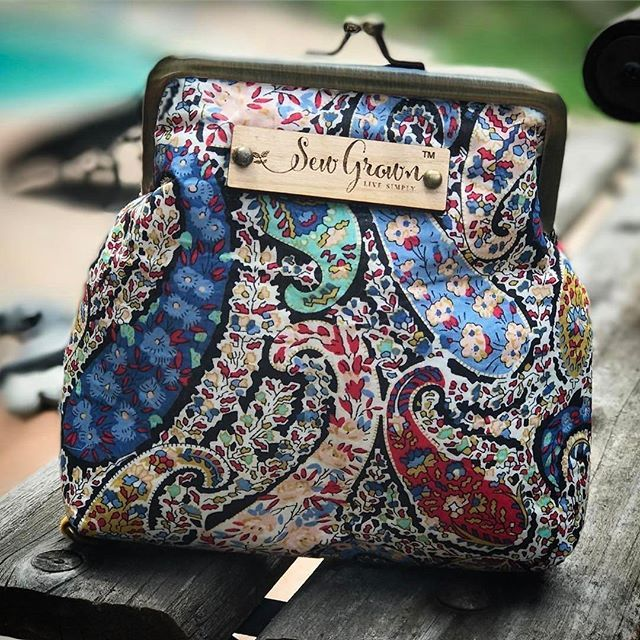 FREE!  Check out the new Bourton roller cases in the shop!  Link in bio!  Share a photo of your Sew Grown to enter to win this for FREE!  Make sure to tag the photo @sewgrown and comment here what you love about your sew grown!  Winner will be picked once we get 50 photos! 😊#essentialoilcase #essentialoilsrock #essentialoilhealth #essentialoils #doterraessentialoils #doterra #doterraoils #oilylife #oillife #essentialoil #aromatherapy #aromazone #naturalhealing #youngliving #younglivingoils…