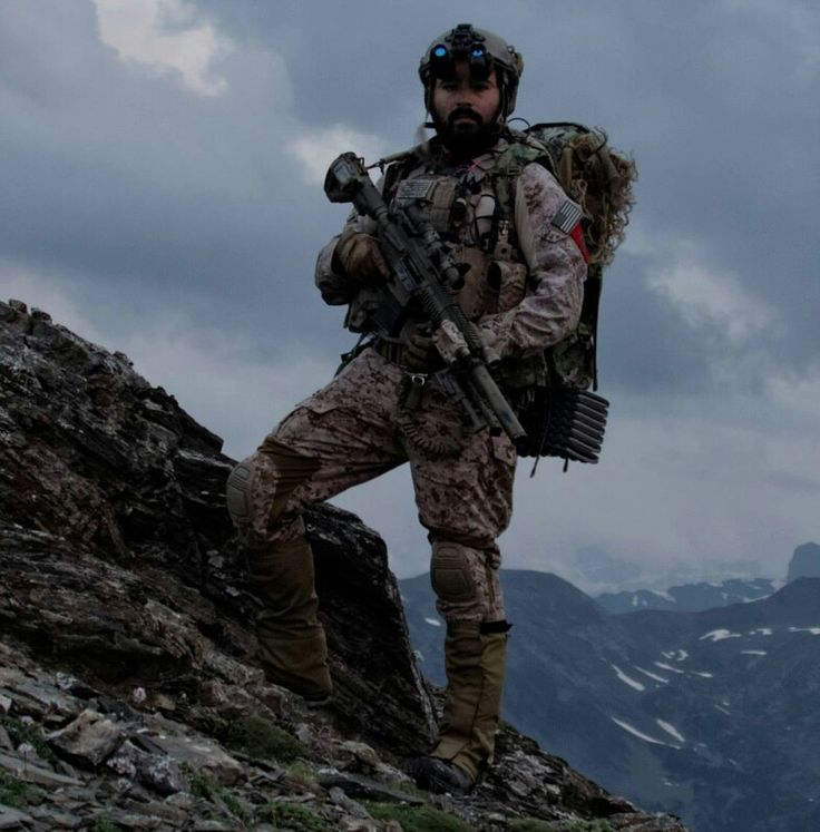 DEVGRU (SEAL Team 6) marksman 2012 in the hills of ...