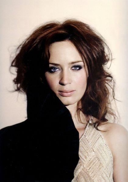 Http://k25.kn3.net/2C678DFBF.gif. Las 50 mujeres mas lindas del mundo. Acá les dejo una colección de imágenes las 50 mujeres mas lindas del mundo,ojala les guste el post. 50. Kate Winslet. Http://i2.listal.com/image/1607818/500full.jpg. 49. Kate...