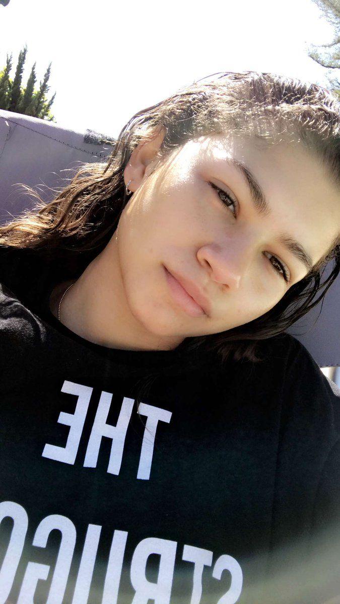 Zendaya on snapchat 4/12/17