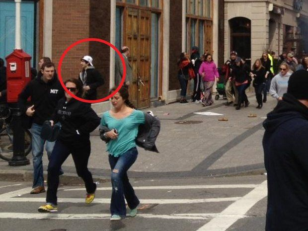 NEW HI-RES PHOTO APPEARS TO SHOW BOSTON MARATHON BOMBING SUSPECT FLEEING THE SCENE...APRIL 19, 2013