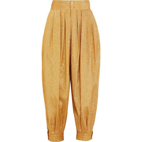 Gucci Cropped textured-lamé tapered pants ($1,980) ❤ liked on Polyvore featuring pants, capris, gold, taper cut pants, tapered pants, lame pants, pleated trousers and gucci trousers