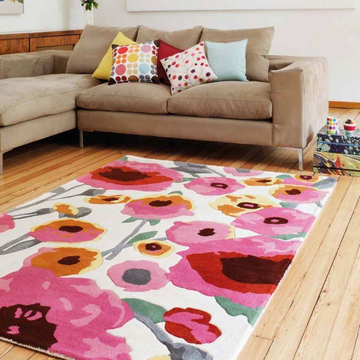 Tapis multicolore 100% laine puisant son inspiration dans un univers floral aux couleurs vives alliant le classique au contemporain  #tapis #multicolore #floral #déco
