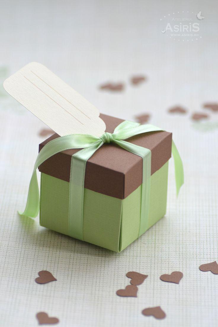 Invitatii Botez Haioase sau Cutii Marturii Botez cu surprize dulci