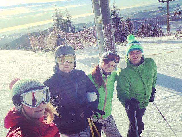 #lysahora#pohodička#sluníčko #lyžování#snowboarding#sranda#svarak🍷