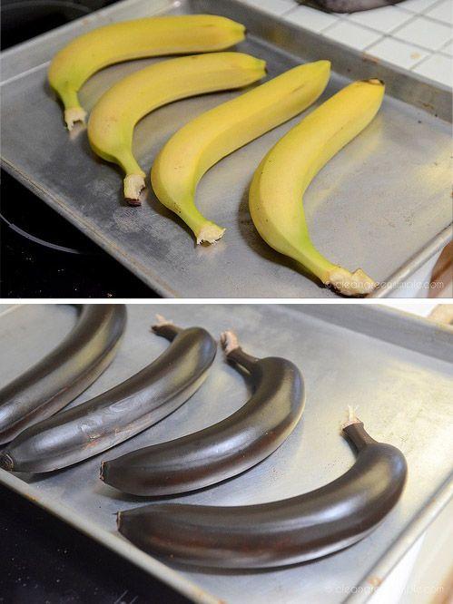 """Lege Bananen bei ca. 180°C in den Backofen, bis die Schale schwarz ist. Sie sind im Nu """"gereift"""" und schön süß."""