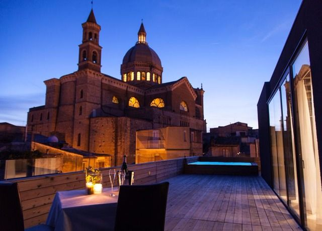 A unique restored design hotel in Sicily with Michelin Guide-recommended restaurant - breakfast included